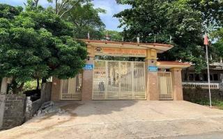 Nghệ An: Sập tường trước cổng trường, một học sinh lớp 5 thiệt mạng