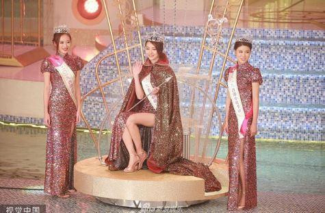 """Hoa hậu xuất thân người mẫu có hình thể đẹp nhất bị tố ngoại tình, từng là """"con giáp thứ 13"""""""